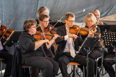 """Operettenkonzert """"Freunde, das Leben ist lebenswert"""" open air"""
